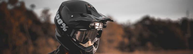 ヘルメット艶出しワックスの代用品シリコンスプレーorプレクサス