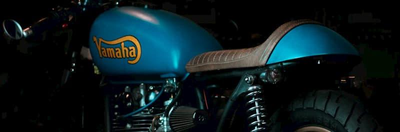 青いバイクの特徴・メリット・デメリット【バイクのカラーリング、色いろいろ】
