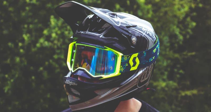 ヘルメット内装シャンプーの代用品中性洗剤