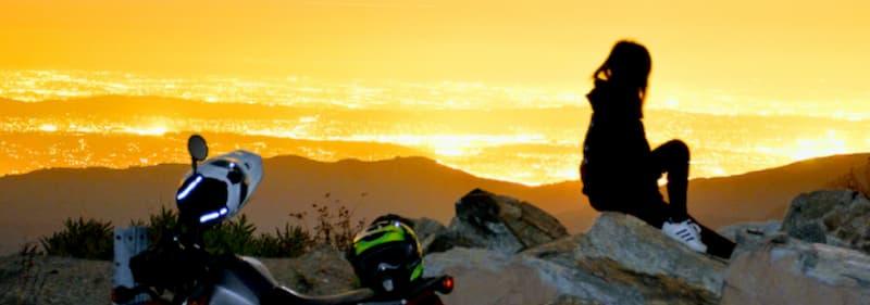 バイクを趣味にしている女性バイク乗り