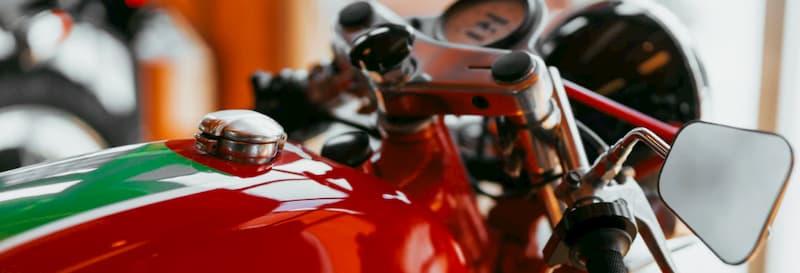 バイクを壁紙や待ち受けに!高画質なかっこいいバイク写真画像ドカティ