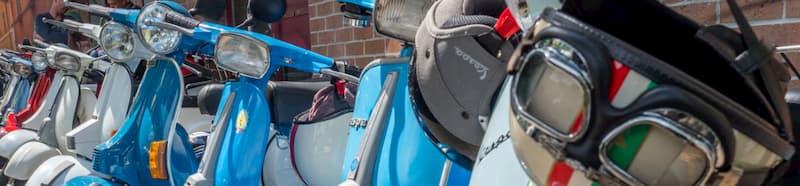 すり抜けのラインを塞ぐ【バイクが下手な人の特徴・バイク初心者あるある】