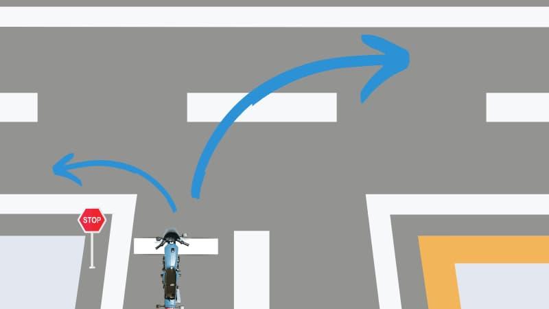 バイクの一時停止からの左折