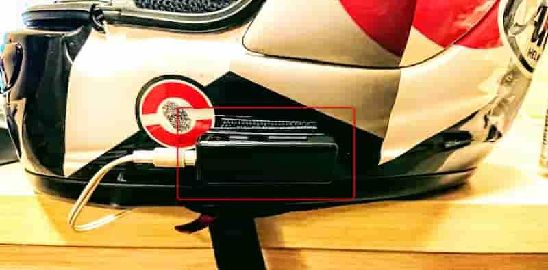 FiiO μBTRのマジックテープを使った取り付け方法