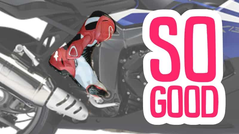 ステップには親指の付け根を乗せ、足をヒールガードにつける【バイクコーナリング練習の基本のフォーム、乗車姿勢】