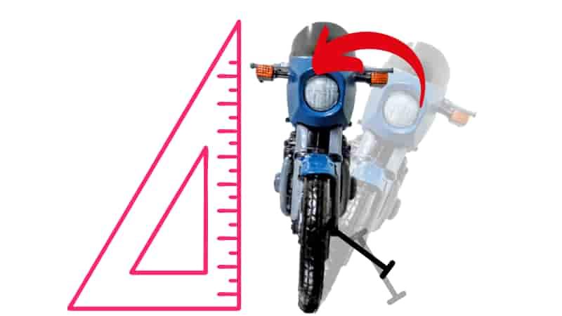バイクを直立させる【教習所でのセンタースタンドの立て方】