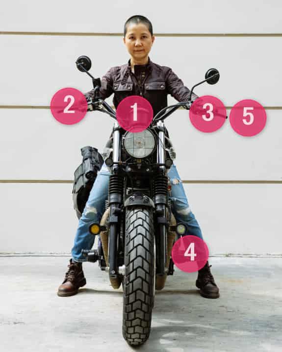 バイクのシフトアップ操作【バイクの乗り方】